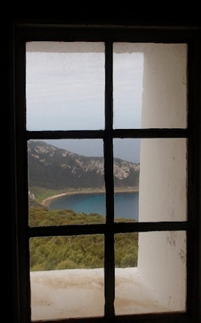 Squally-cove-from-the-lighthouse.jpg